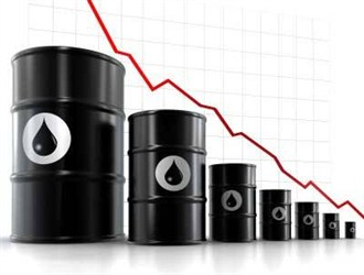 قیمت نفت و خصومت های اقتصادی عربستان/ مسئولان هوشیارتر باشند