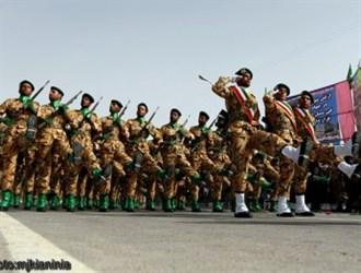 مراسم رژه روز ارتش در کرمان+تصاویر