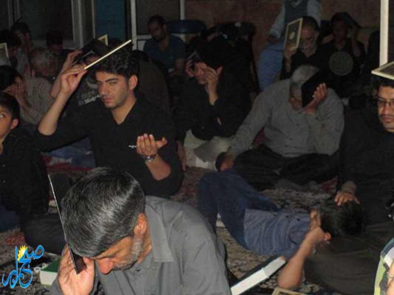 گزارش تصویری مراسم احیای دومین شب از لیالی قدر در شهرستان رابر