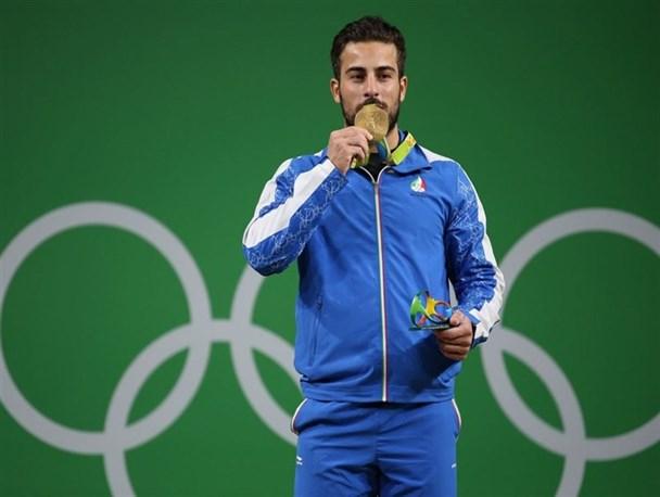 اولین مدال طلای ایران در المپیک به دست آمد/ کیانوش رستمی رکورد شکنی کرد+ جدول