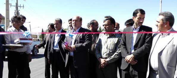 افتتاح آسفالت خیابان شهید رجایی رابر  در هفته دولت