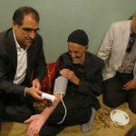 وزیر بهداشت با پدر سردار حاج قاسم سلیمانی دیدار کرد/ عکس