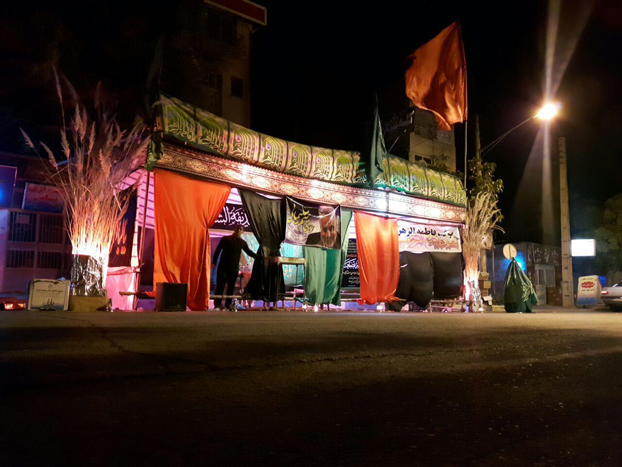 مراسم عزاداری شام غریبان امام حسین(ع) در رابر/ تصاویر