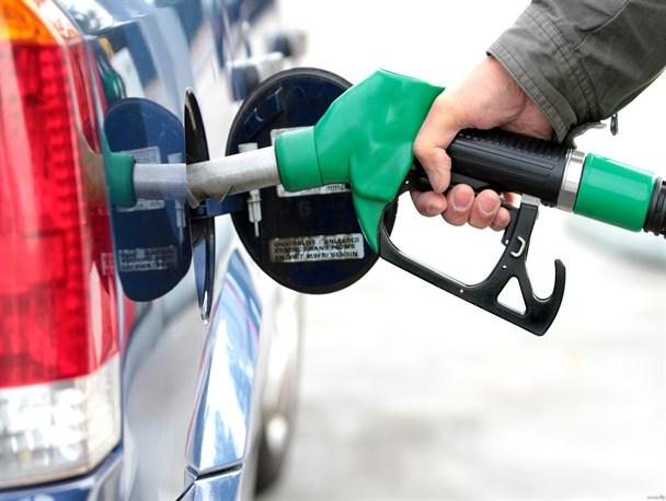 مصرف بنزین رکورد زد/مصرف ۱۰۵ میلیون و ۳۰۰ هزارلیتر بنزین