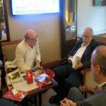 دیدار خارج از عرف رئیس گمرک با خانواده اسلام ستیز بلژیکی + عکس