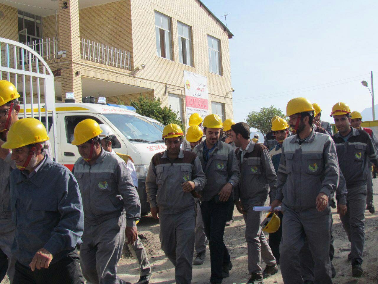 رزمایش پدافند غیرعامل مقابله با بحران مدیریت برق در شهرستان رابر/تصاویر