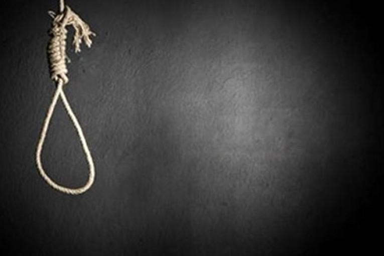 پیدا شدن جسد حلق آویز جوان ۱۷ ساله در رابر