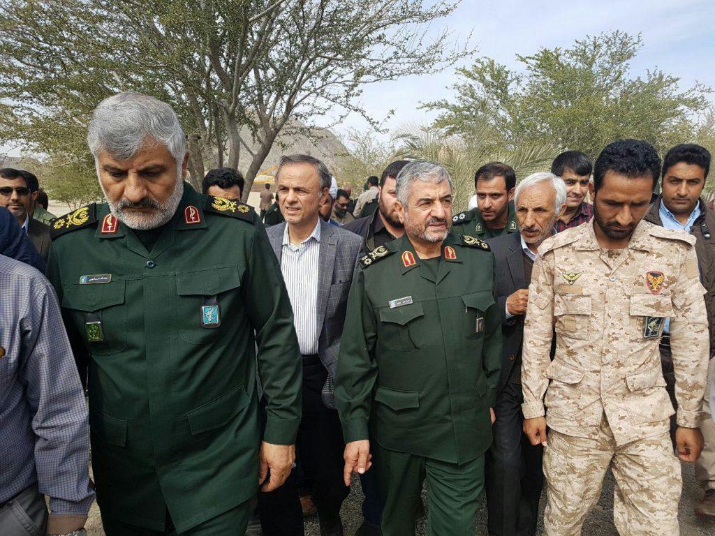 فرمانده کل سپاه پاسداران از طرحهای اقتصاد مقاومتی منوجان بازدید کرد/تصاویر
