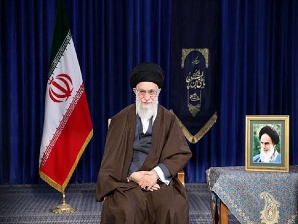 رهبر معظم انقلاب سال ۹۷ را سال «حمایت از کالای ایرانی» نام نهادند/مخاطب شعار امسال آحاد ملت و مسئولانند همه باید سخت، کار کنند