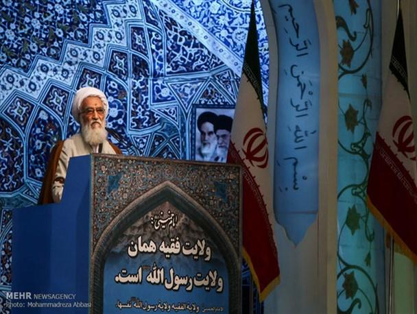 دولت و مجلس مراقب باشند بودجه نیازهای مردم را برطرف کند/«خرید کالای ایرانی» باید از مسئولین آغاز شود