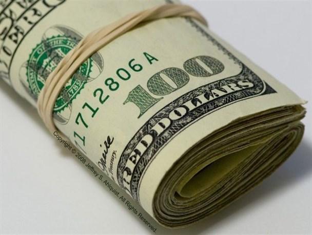 قیمت دلار سر به فلک کشید/ نمایندگان مجلس: بی توجهی دولت و ناکارآمدی بانک مرکزی در مدیریت بازار ارز