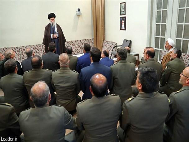 تجلیل فرمانده معظم کل قوا از مواضع وحدتآفرین فرمانده ارتش