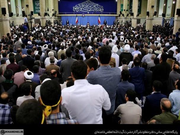 کشورهای اسلامی در اثر تمسک نجستن به قرآن دچار «بیماری ذلت» شدهاند/ایران با عمل به قرآن مقابل آمریکا ایستاده و پیشرفت کرده است