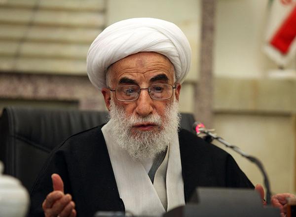 قاچاق مایه تباهی تولید داخل شده/حمایت از کالای ایرانی نه تنها وظیفه شرعی بلکه وظیفه ملی است