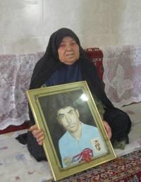 مادر شهید احمد علی افضلی به فرزند شهیدش پیوست