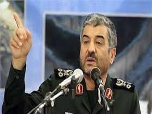 اقتدار آمریکا زیرسئوال رفته است/ قدرت دفاعی ایران بینظیر و مثالزدنی است