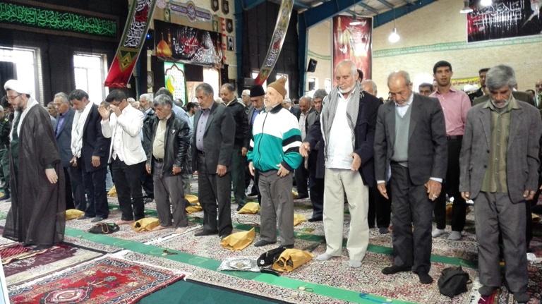 نماز جمعه ای به رنگ سپاه به روایت تصویر